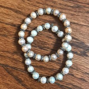 Jewelry - Mother of pearl vintage stretch bracelets